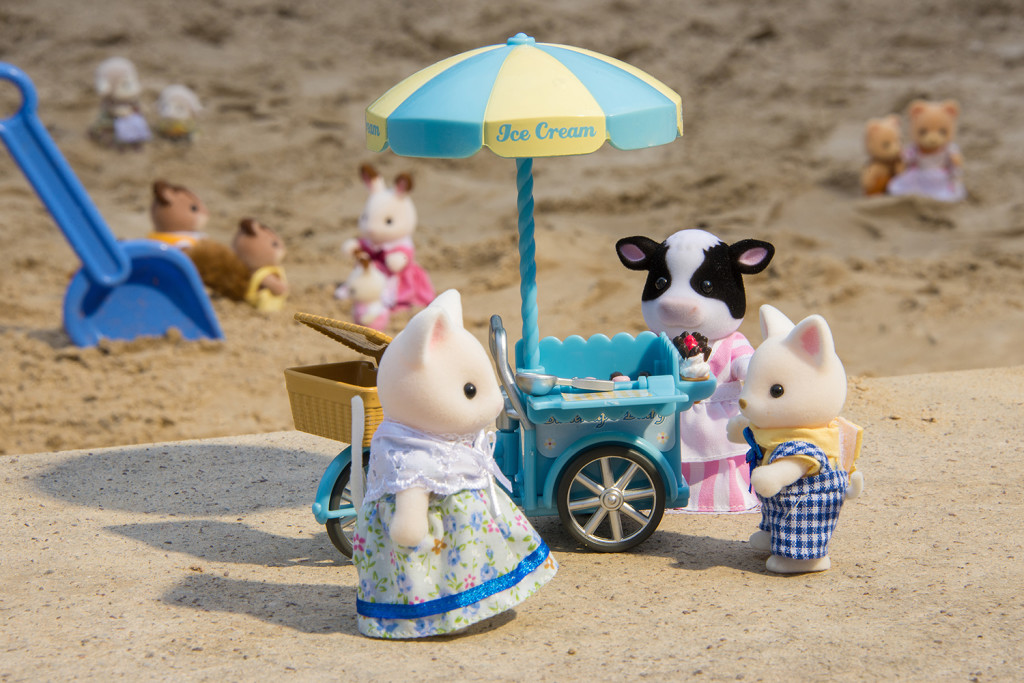 Sylvanian Families enjoying an ice cream on the beach - social media advertising and PR campaign