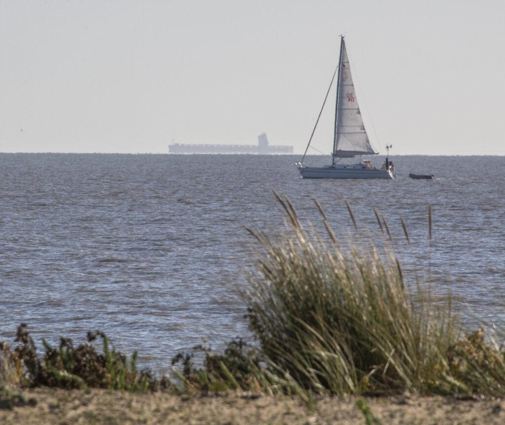 Distant Ship on horizon